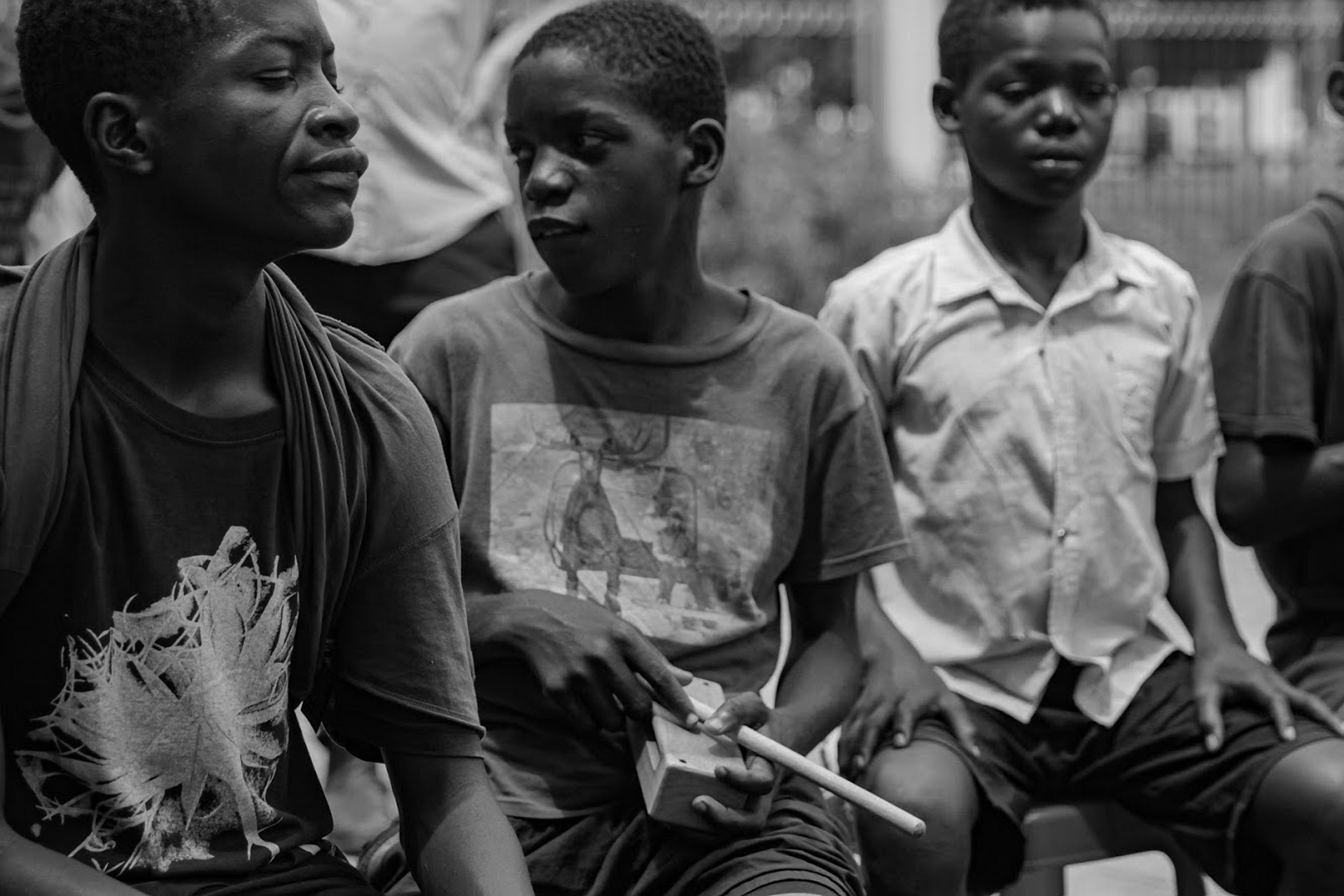 Strategic Philanthropy Project of the Menomadin Foundation in Angola: An Hour of Music, accompanying street children in Luanda.